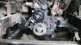 Детонирует двигатель