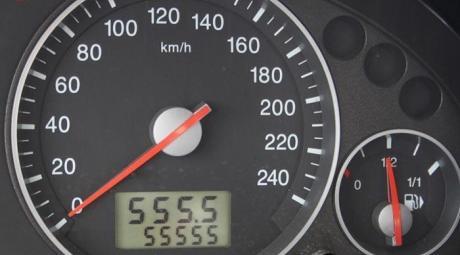 Скрутить пробег автомобиля