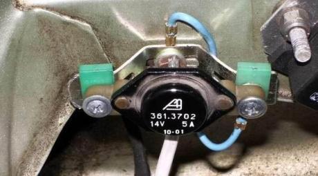 Регулятор напряжения генератора ВАЗ 2110
