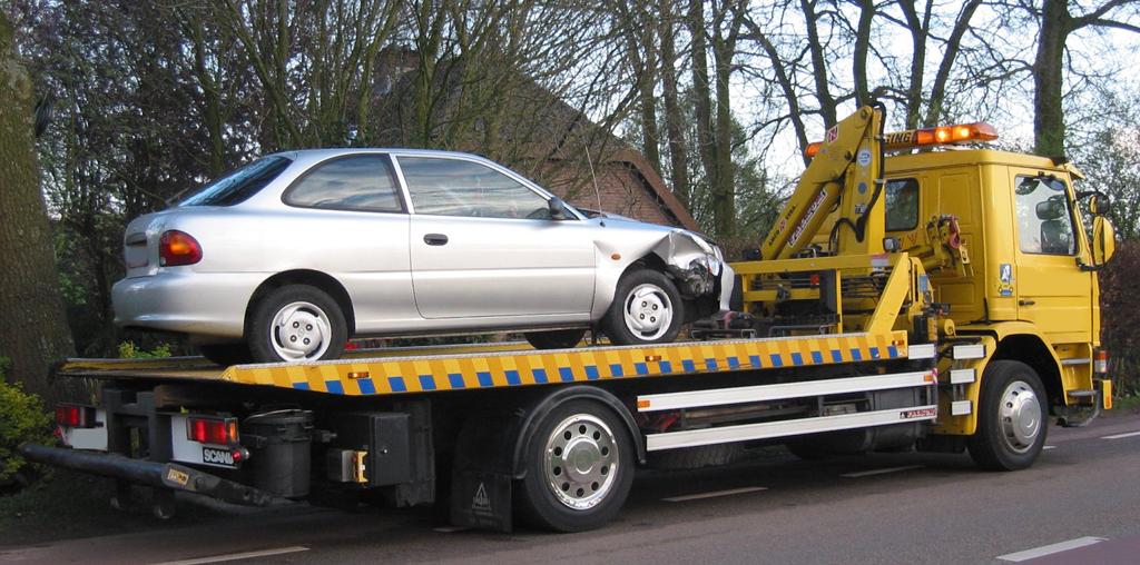 Доставка автомобиля к месту диагностики двигателя