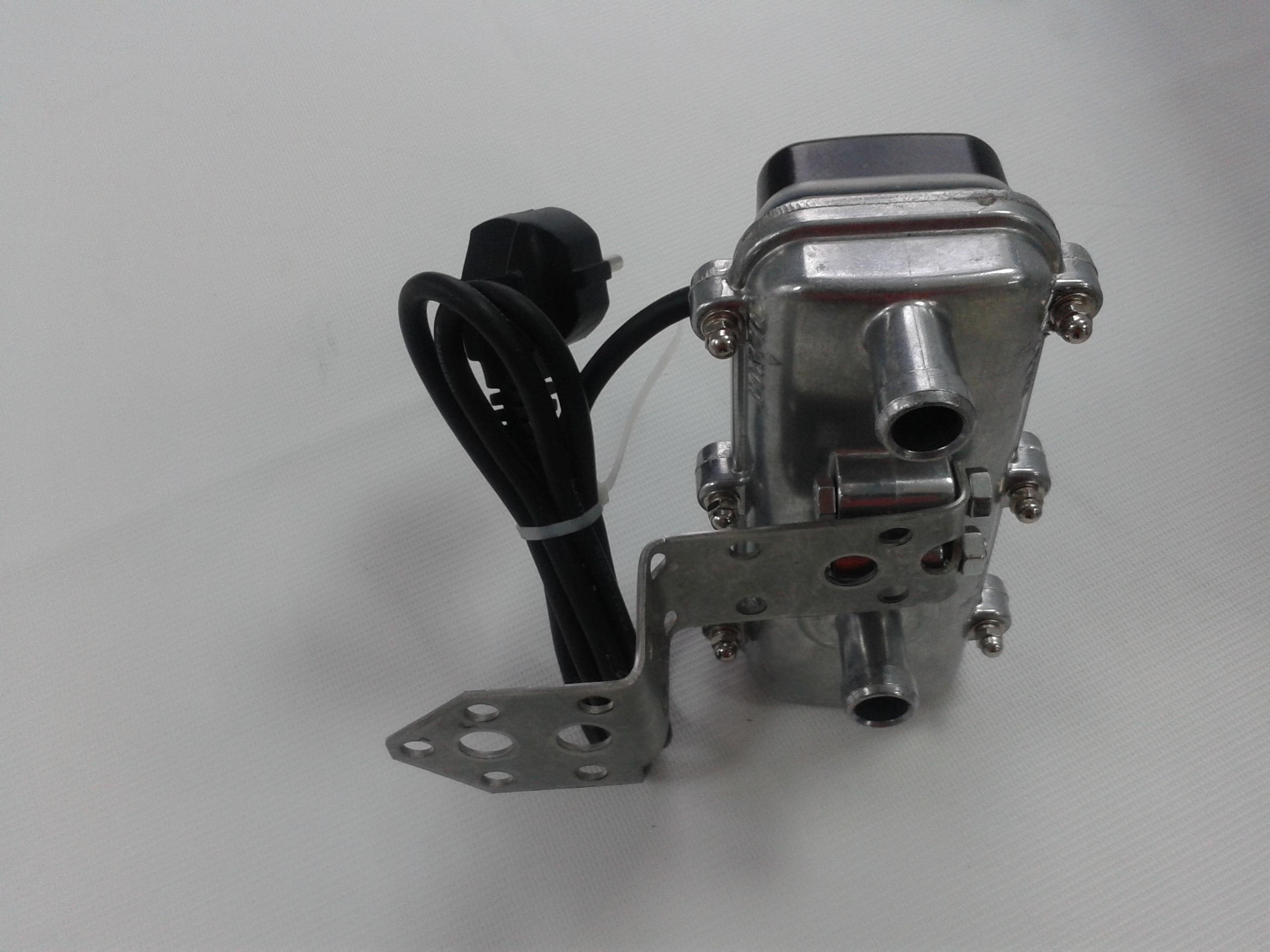 Электрический подогреватель двигателя с питанием от сети 220 вольт