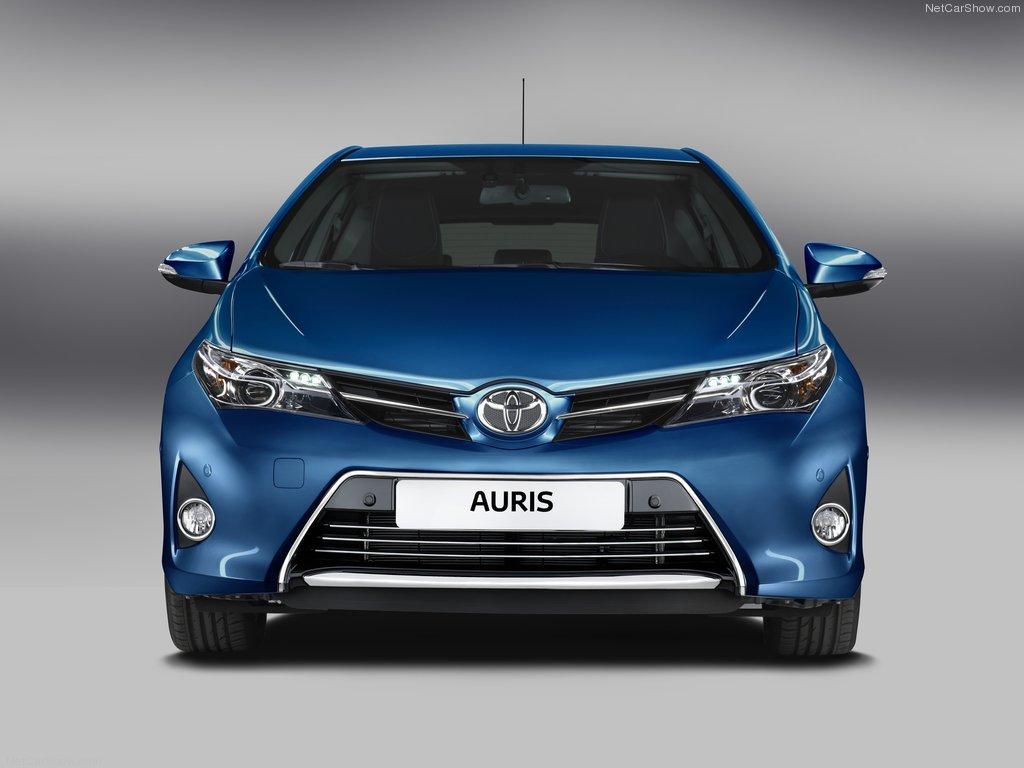 Фото Toyota Auris 2013