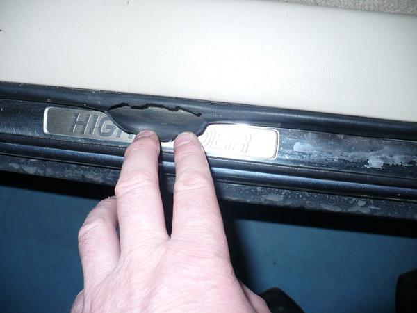 Износ дверных уплотнителей
