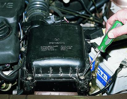 Как поменять корпус воздушного фильтра