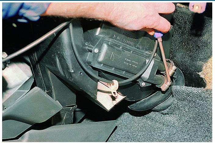 Как снять радиатор печки на автомобилях обоих семейств Самара