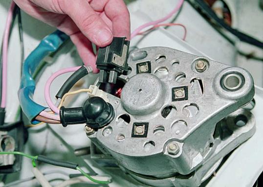 Как заменить щетки генератора на ВАЗ