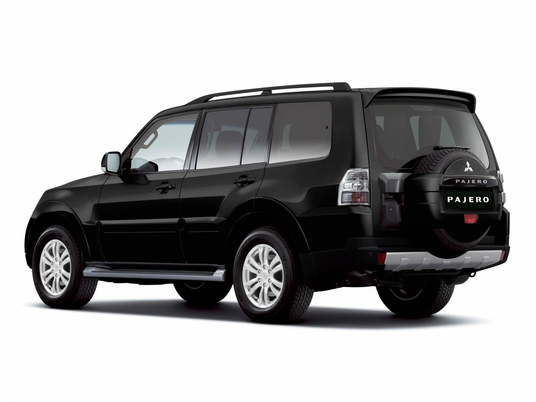 Комплектации и цены Mitsubishi Pajero IV
