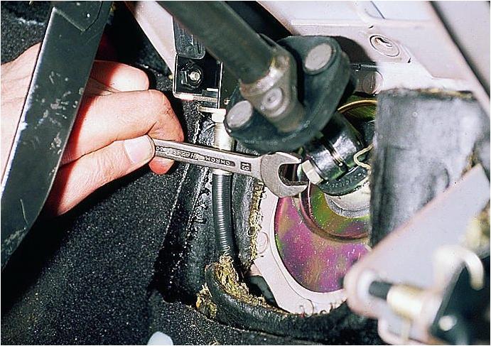 Отрегулировать рулевую рейку без снятия