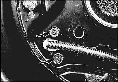Причины выхода из строя троса ручного тормоза