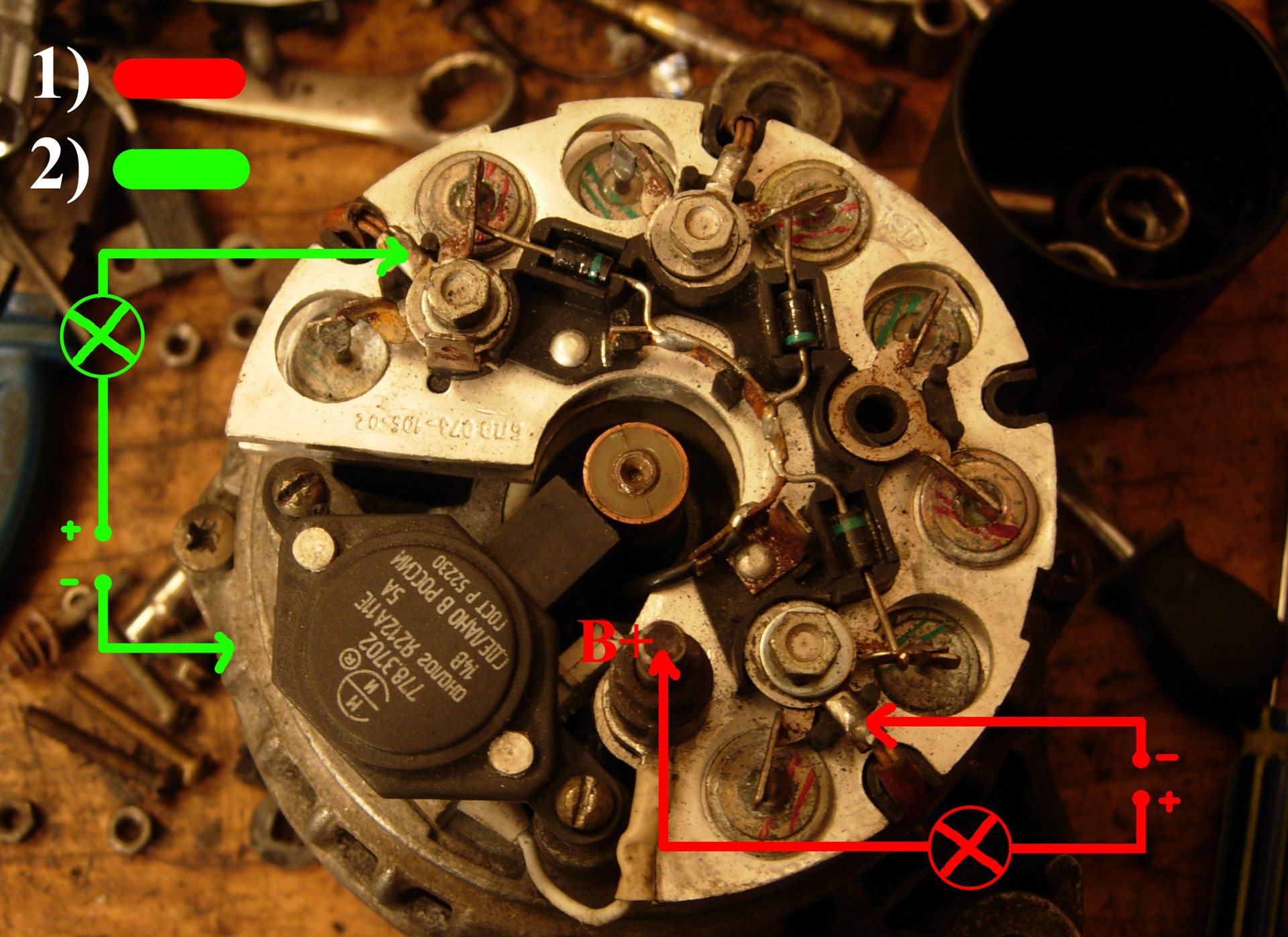 Проверка диодного моста лампочкой и аккумулятором