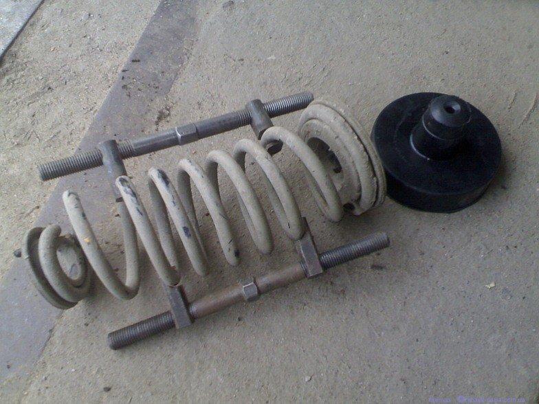 Съемник для пружин подвески
