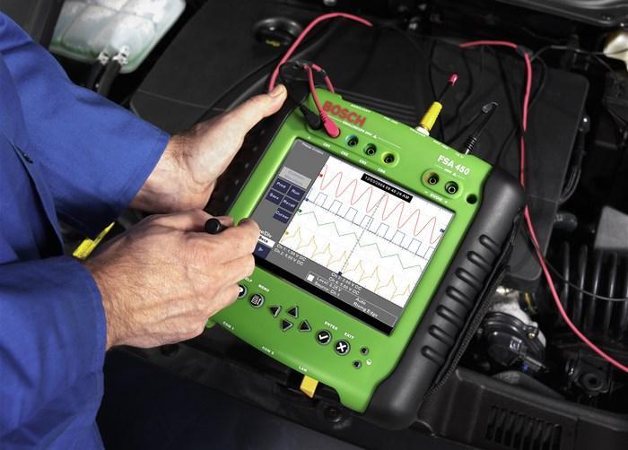 Сканер для проверки инжекторных двигателей