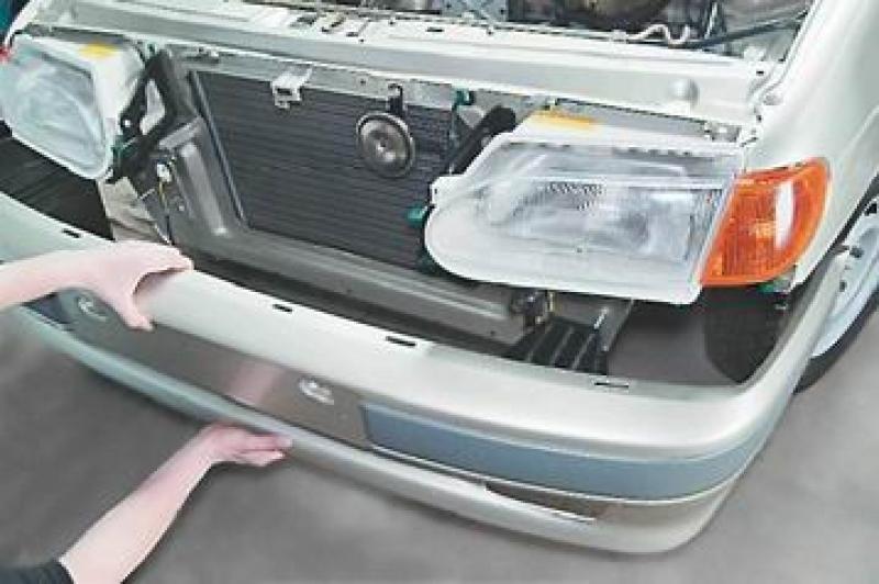 Снятие бампера для замены или установки усилителя