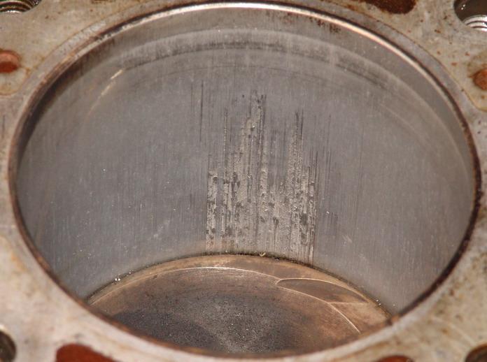 Выработка поверхности рабочей части цилиндров