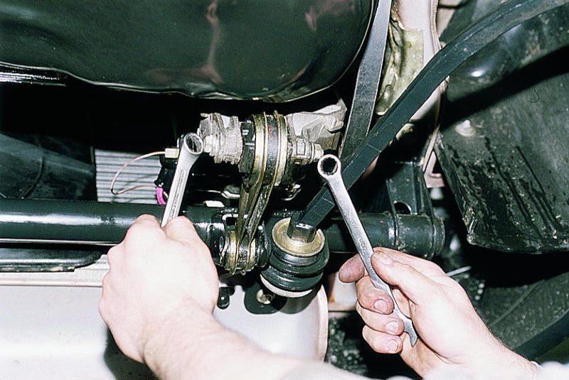 Замена передних опор двигателя