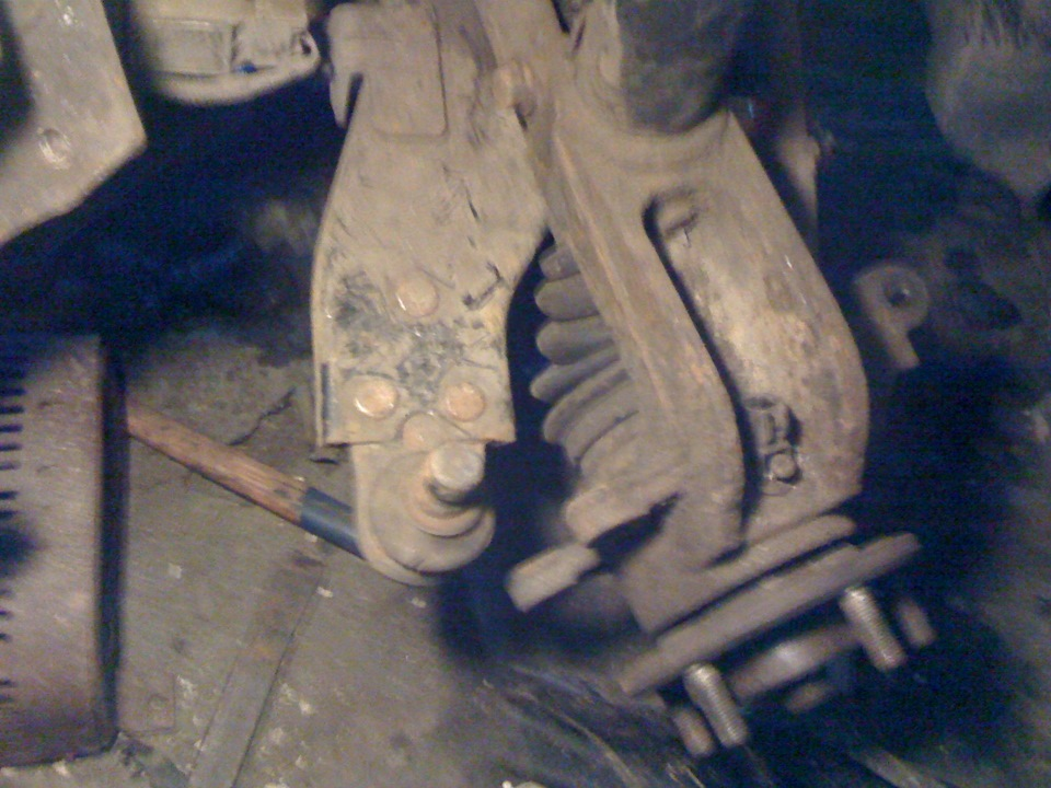 Замена подшипника со снятием рулевых рычагов